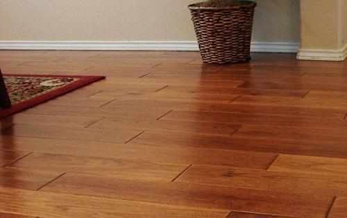 Maintain correct handling: clean vinyl flooring sustainably